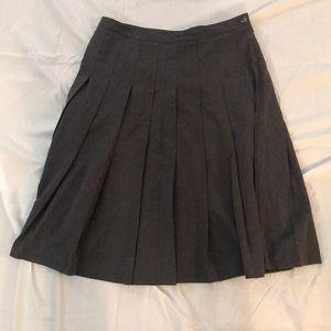 Isaac Mizrahi Charcoal Pleated Skirt Size 12!